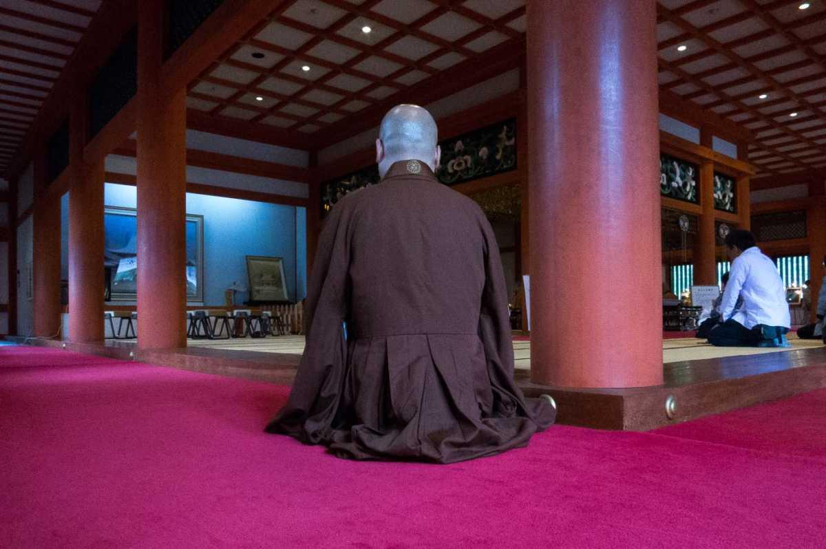 buddhist monk hiraizumi japan