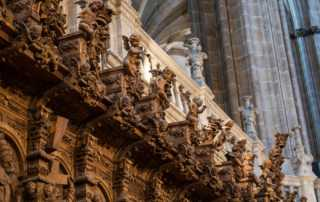 spain_salamanca_cathedral_choir cherubs