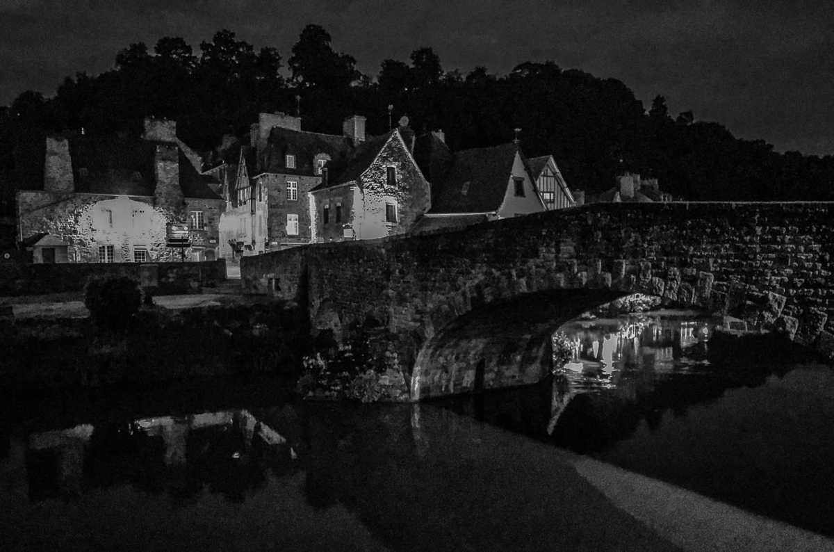 France_Brittany_dinan old city bridge bw