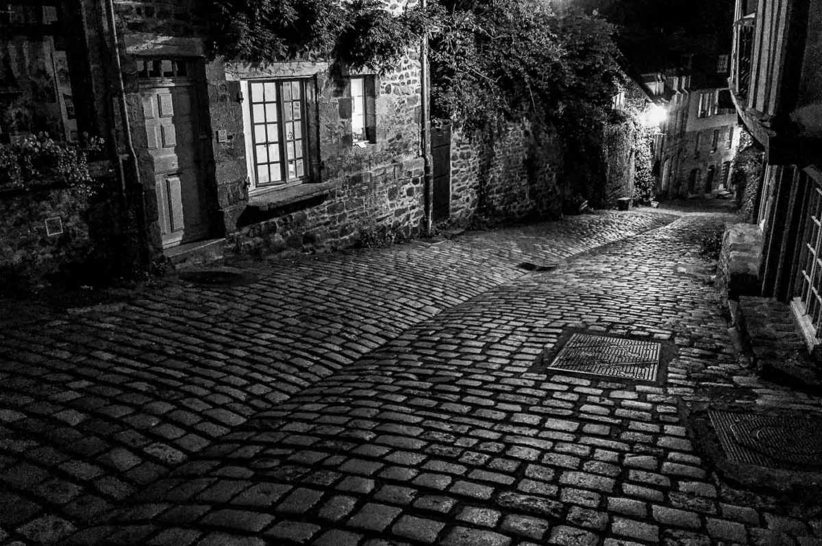 France_Brittany_dinan old city night bw