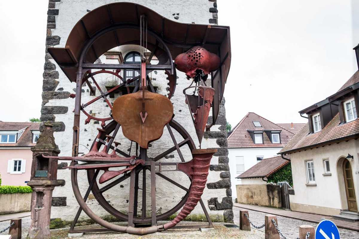 germany_breisach_pump tower sculpture