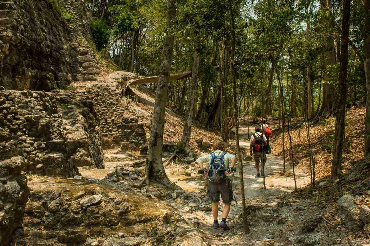 el mirador hiking