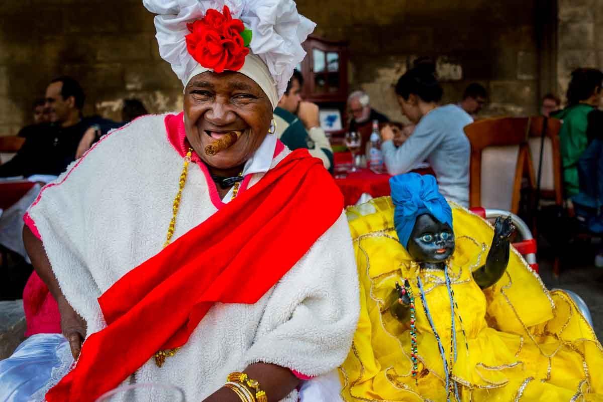 Cuba_Havana fortune teller