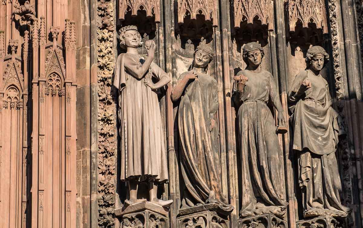 France_Strasbourg Cathedral front door virgins