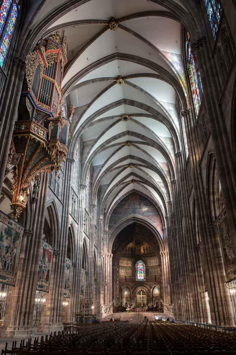 France_Strasbourg Cathedral nave