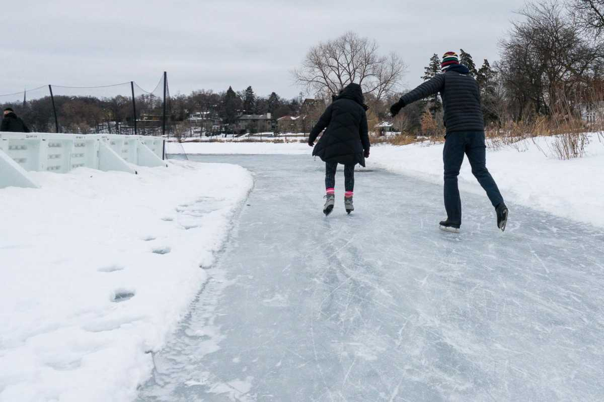 Winter Things to do Minneapolis ice skating