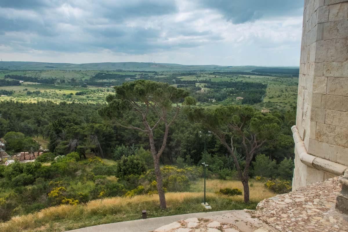 italy castel del monte view
