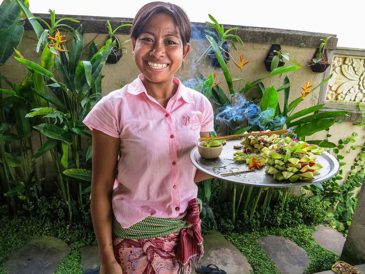 Bali ubud wayan offerings