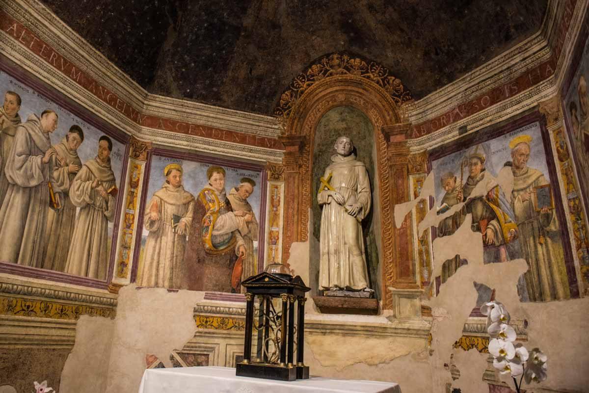 italy assisi santa maria degli angeli chapel transit