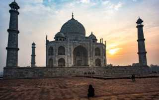 photographing taj mahal agra india