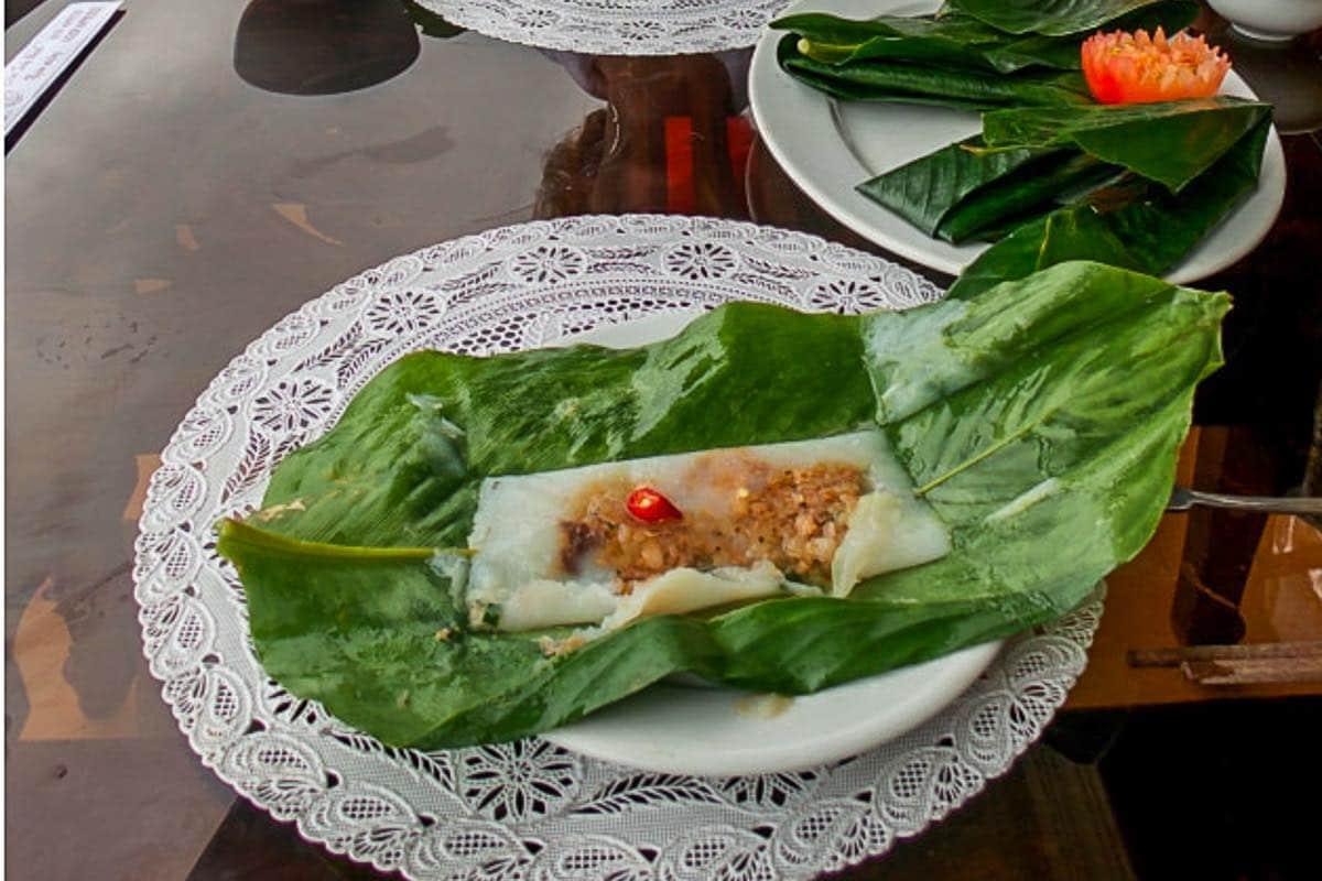 Food in Vietnam Cooking in Hoi An