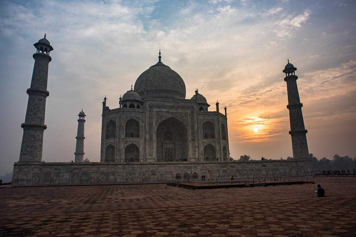 India taj mahal sunrise