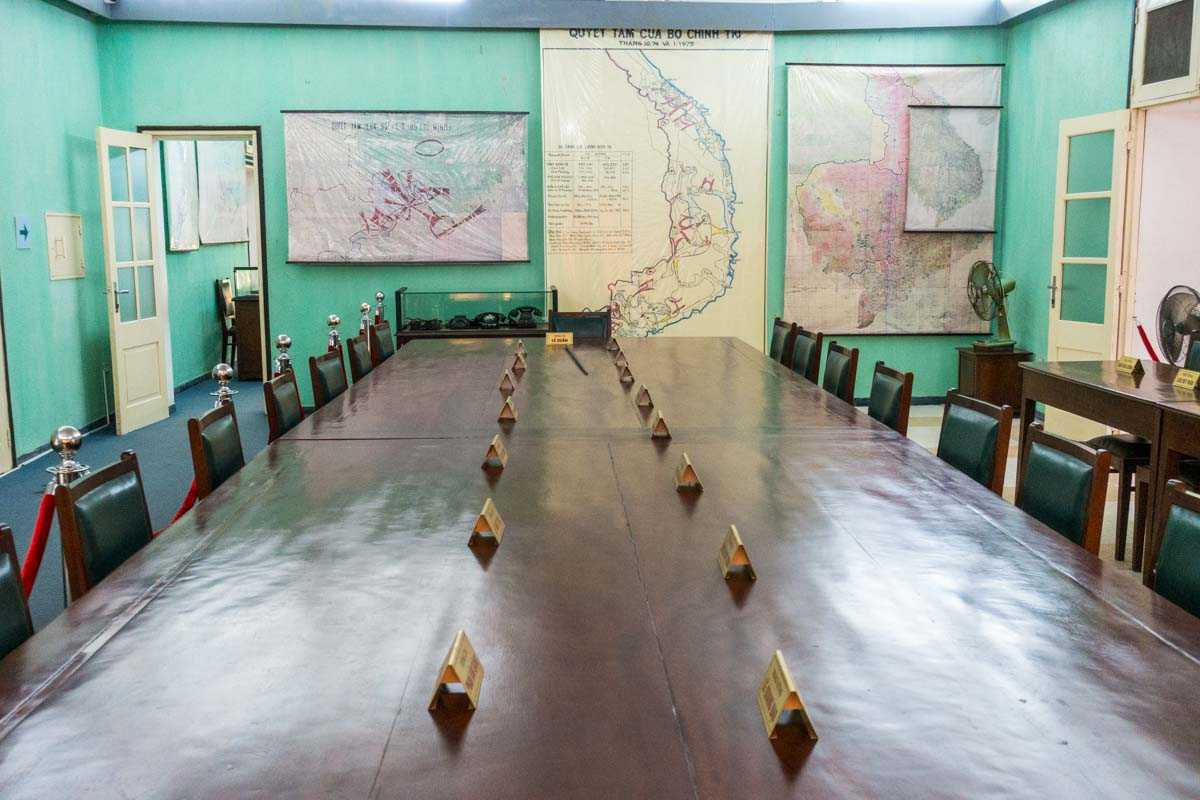 vietnam hanoi imperial house D67 conference table