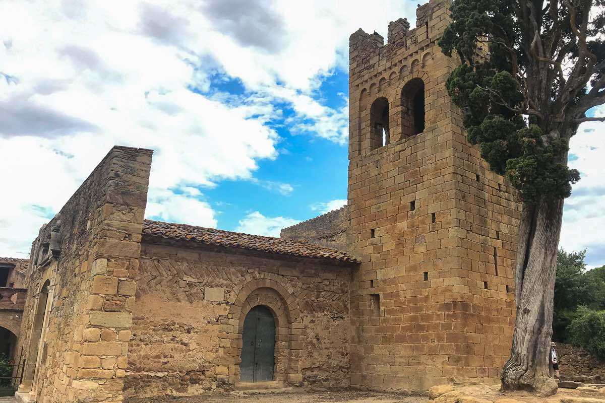 Hiking Catalonia Castles medieval villages