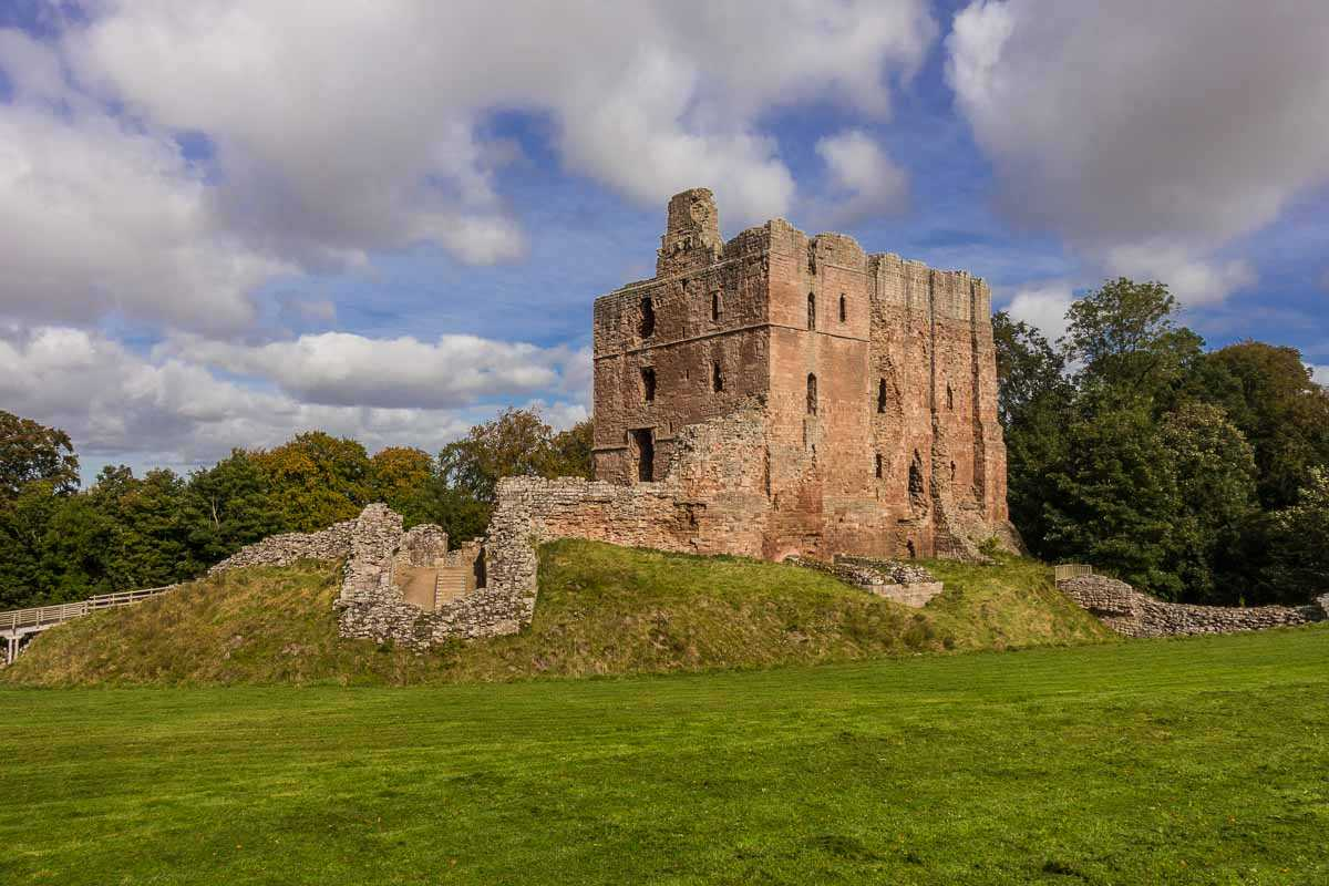 cycling england norham castle