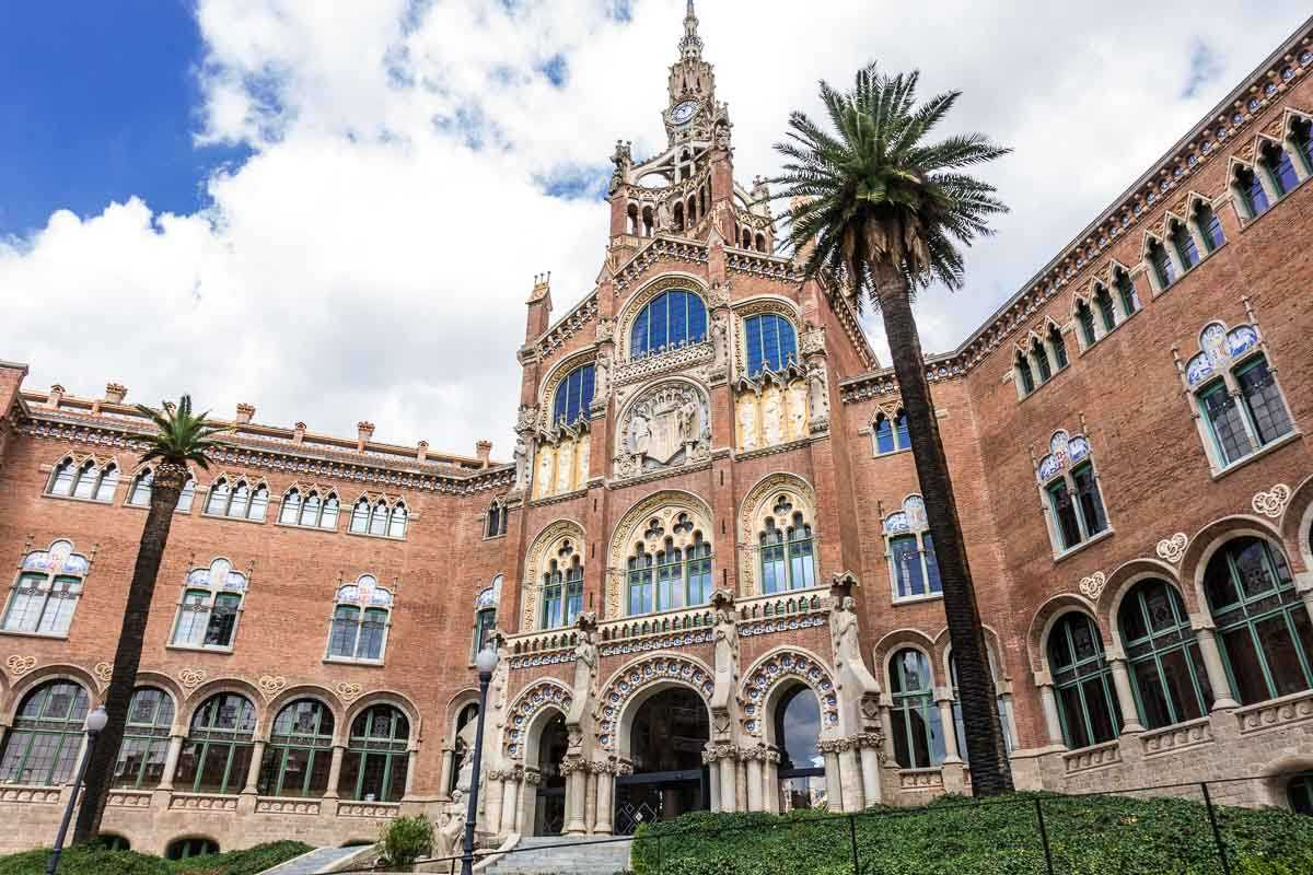 spain barcelona hospital sant pau facade 1