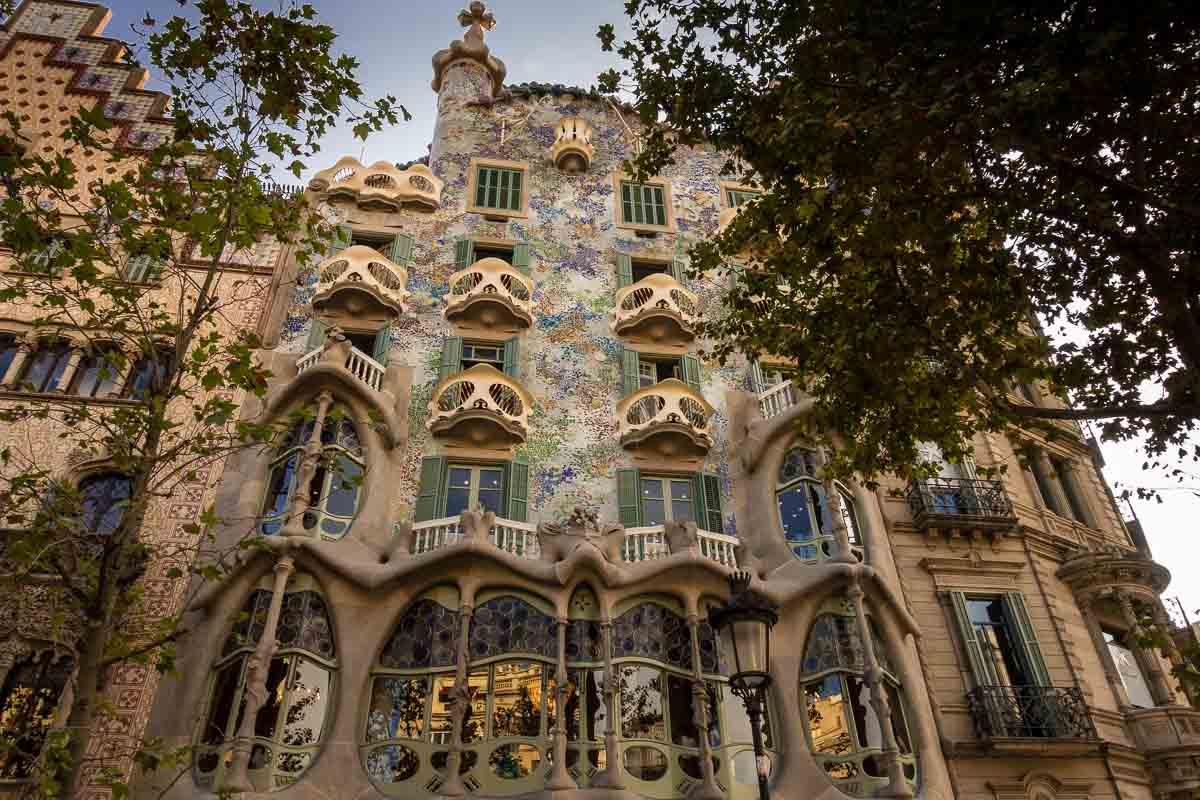 spain barcelona casa batllo facade