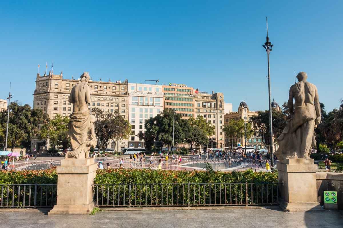 spain barcelona plaza catalunya