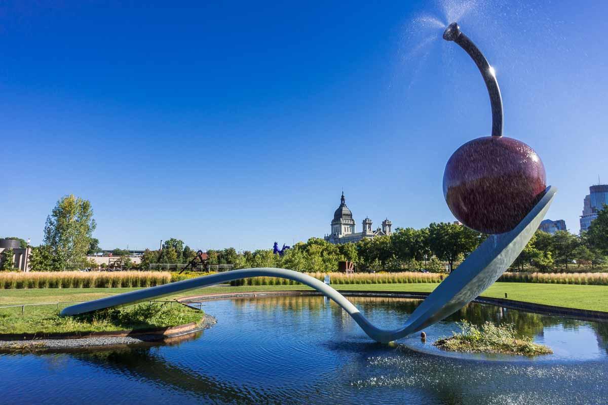 minneapolis sculpture garden spoonbridge cherry