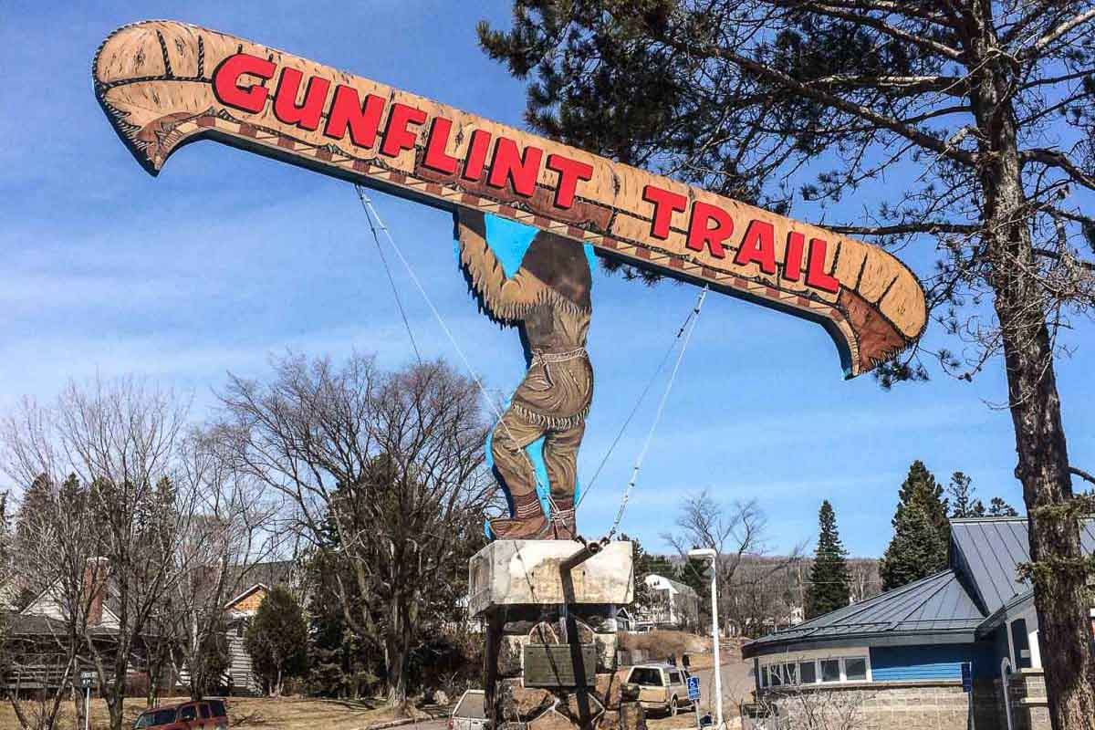 grand marais gunflint sign