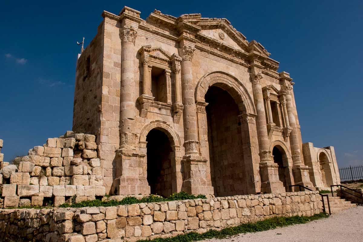 Jerash Jordan ruins arch of hadrian
