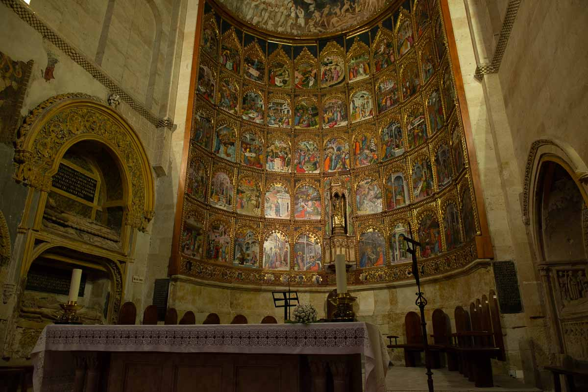 apse old salamanca cathdral